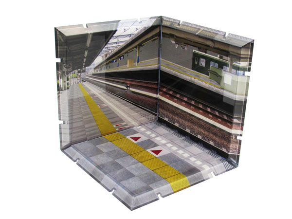 Dioramansion - Train Station Platform(Pre-order)