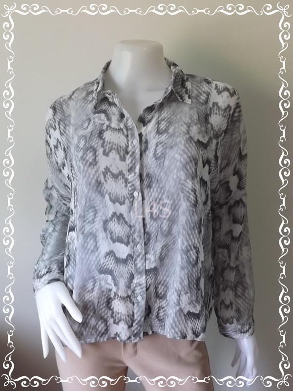 BN4160--เสื้อผ้ามือสอง// เสื้อแฟชั่น ชีฟอง DIVIDCD BY H&M อก free-42 นิ้ว