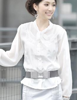 เสื้อทำงาน แขนยาว สีขาว โบว์ในตัว เหมาะสำหรับสาวออฟฟิศ