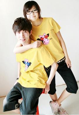 เสื้อยืดคู่รัก สีเหลือง สกรีนลายวัวน่ารัก (ราคาขายเป็นคู่ค่ะ)