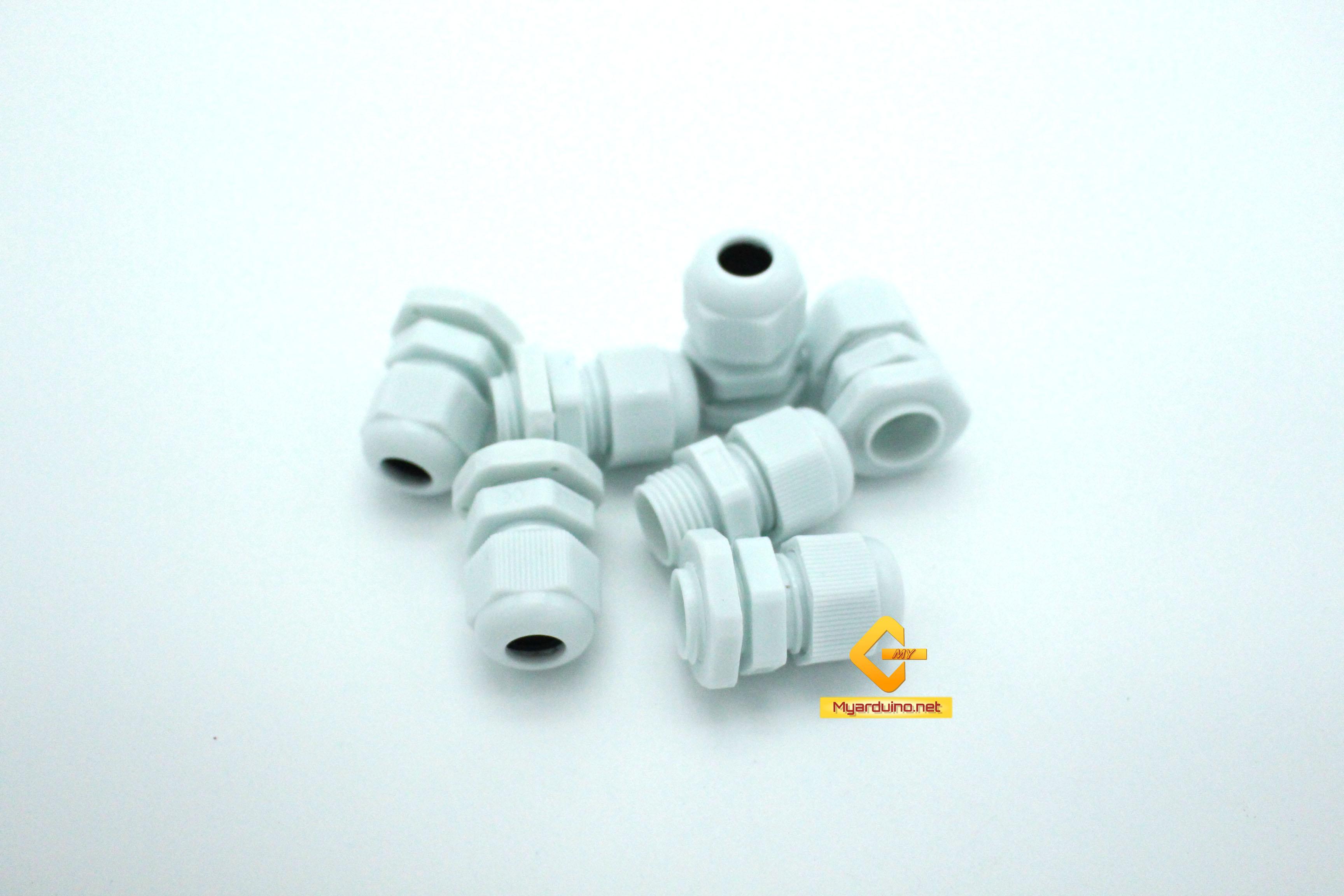 ข้อต่อพลาสติกกล่องกันน้ำ PG9 5-8mm