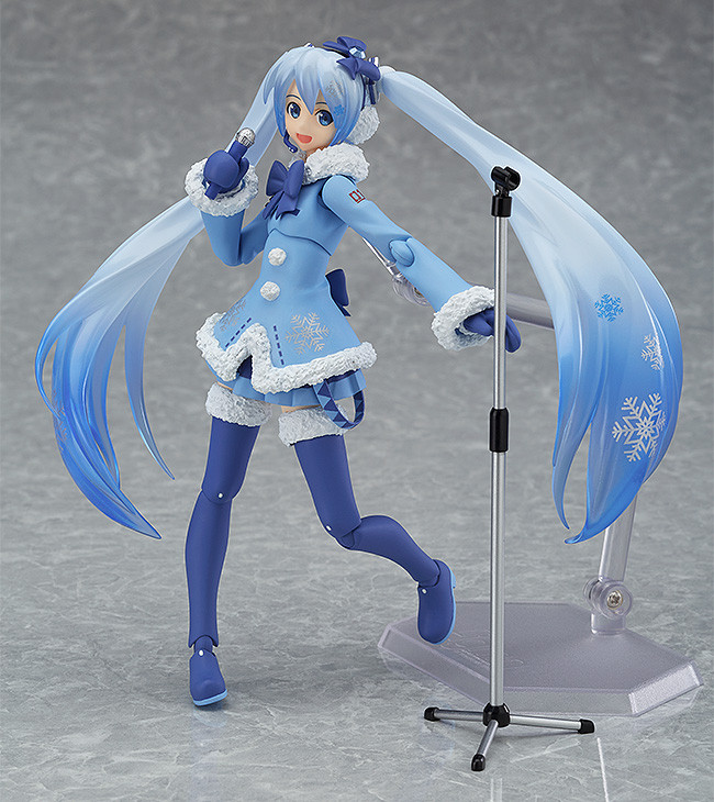 figma Snow Miku: Fluffy Coat Ver. (Limited Pre-order)
