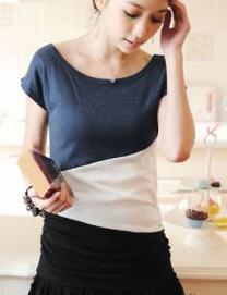เสื้อยืด คอกลม สีน้ำเงินตัดต่อสลับสีขาว-ดำ แขนล้ำ
