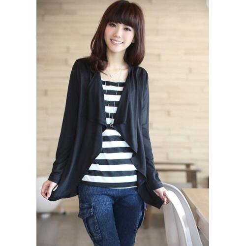 เสื้อทำงานผ้ายืดลายขวางขาวดำ เย็บติดเสื้อคลุมแขนยาว สีดำ