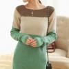 Sweater เสื้อกันหนาว แขนยาว โทนเขียวตัดต่อสีครีมคอน้ำตาล ตัวยาว