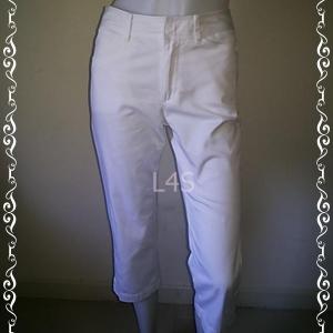BNB1302- กางเกงผ้า สีขาว แบรนด์ bossini เอว 26 นิ้ว