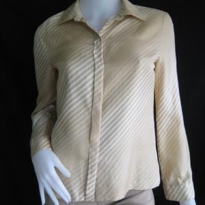 BNJ0337-เสื้อเชิ้ต สีกากี แบรนด์ marie claire paris อก 35 นิ้ว