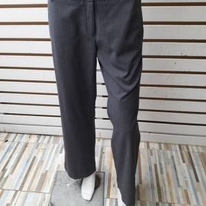 BNB1497-กางเกงผ้า สีเทาเข้มลายทาง แบรนด์เนม AIIZ เอว 30 นิ้ว