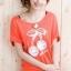 เสื้อยืดสีส้ม สกรีนลายน่ารัก ใส่ได้ทั้งแบบคอกลม หรือคอปาด สวยเปรี้ยว thumbnail 1