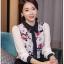 [พร้อมส่ง]เสื้อสไตล์เกาหลี ผ้าชีฟองพิมพ์ลายเนื้อดีงานตัดเย็บเรียบร้อย สวมใส่สบายเหมาะกับหน้าร้อนนี้,ติดกระดุมผ่าหน้าทรงตรงเว้าเอวนิดๆ รหัสMN57 thumbnail 1