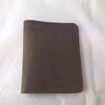 SB0037 กระเป๋าสตางค์ใบสั้น หนังนูบัค มือหนึ่งค้างสต็อก สีน้ำตาล