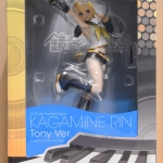 Character Vocal Series 02 Kagamine Rin Tony Ver. 1/7 Complete Figure (In-stock)