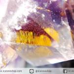 อเมทิสต์-คาค็อกซิไนท์ (Amethyst-Cacoxenite) บราซิล ตั้งโต๊ะ-พร้อมฐานกระจก (117G)
