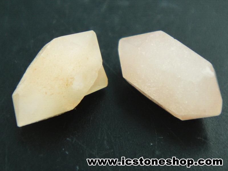 ▽เพชรพิคอส Pecos Diamond จาก New Mexico 2 ชิ้น (1.4g)