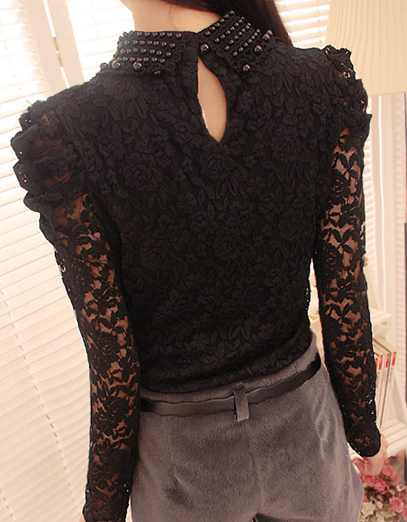 เสื้อลูกไม้มุกรอบคอสีดำแขนยาว